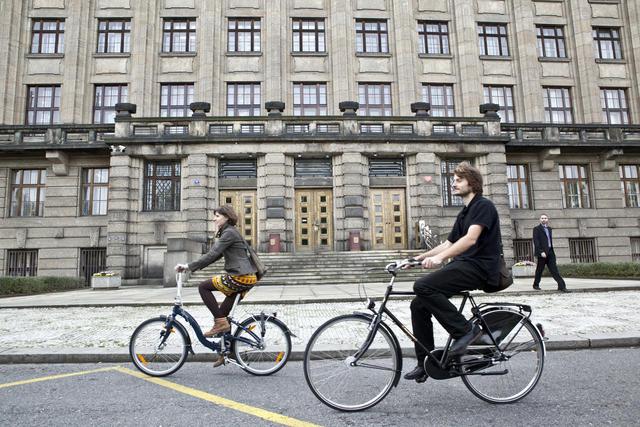 V květnu šlapou Do práce na kole čtyři tisíce lidí v jedenácti městech