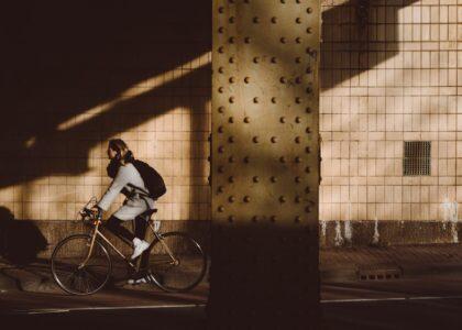 Co si ženy přejí k MDŽ od svých měst? Karafiáty to nejsou…