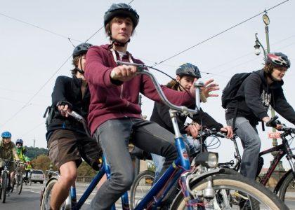 Výzva Do školy na kole proměňuje okolí škol a přístup k udržitelné dopravě