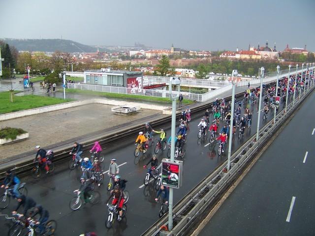 Velká jarní cyklojízda oživí ulice Prahy. Pojeďte také!